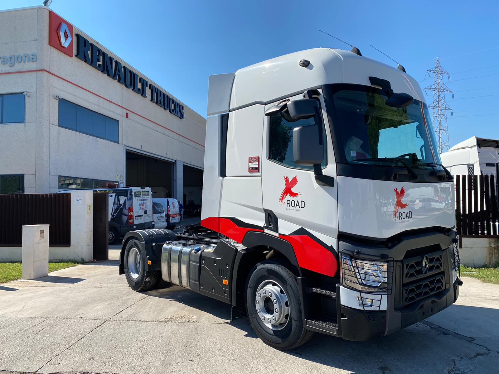 1000 - RENAULT TRUCKS T 460 X ROAD